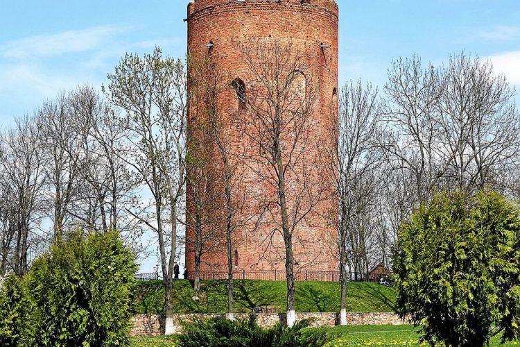 Башня-донжон в Каменце,