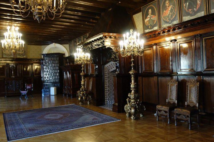 Каминный зал в Несвижском замке