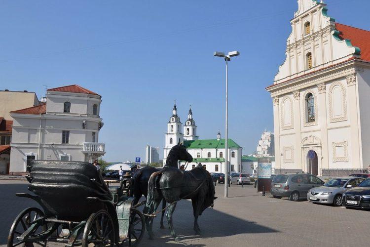 Площадь Свободы в Минске