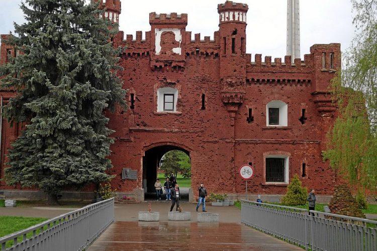 Холмские ворота. Брестская крепость
