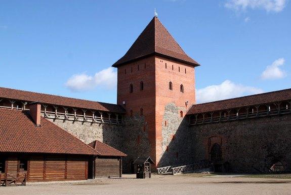 Лидский замок. Внутренний двор